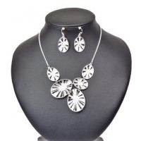 Silver Tone Circles Necklace and Earring Set