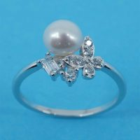 925 Pearl CZ Ring