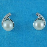 925 Silver Freshwater Pearl Studs
