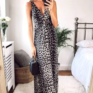 Beautiful Leopard Print Maxi Dresses with Cross Over String Back available in Black or Brown print.. Fabulous New Fashion Wear treat yourself for Less at Www.love4bags.co.uk 😍 💕💕  #ladiesfashion #ladiesclothing #ladieswear #boutiqueshopping #buyleeds #boutique #fashion #style #maxidress #women #womenswear #loveshopping #dresses #fashionstyle #fashionaccessory #chic #handbag #leeds #shoplocal #buylocal #smallbusiness #gifts #gorgeous #fashionblogger #summer #summerdress #clutch #chicjewelry #trending #treatyourself